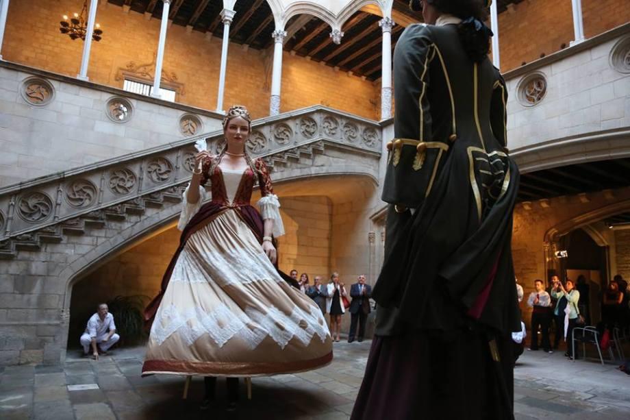 Gegants del Tricentenari al Palau de la Generalitat de Catalunya